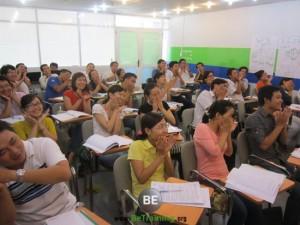 doanh nhan kinh te tri thuc - be training - hoc lam chu - hoc lam giau
