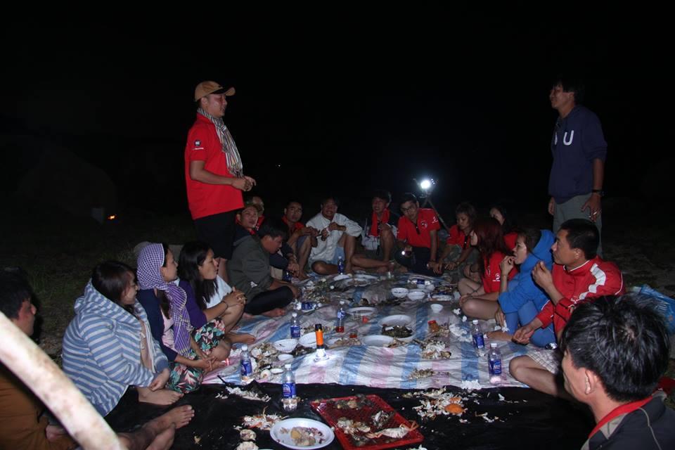 buổi tối trong rừng vắng Vịnh Vân Phong