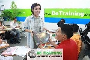 học lãnh đạo và đào tạo